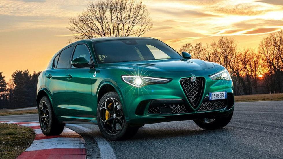L'Alfa Romeo è molto soddisfatta di chi guida lo Stelvio.  Foto: Broom.no