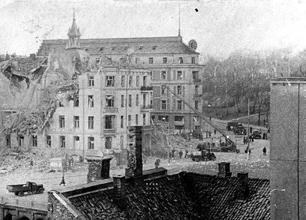 V (13) Bombingen av Victoria terrasse