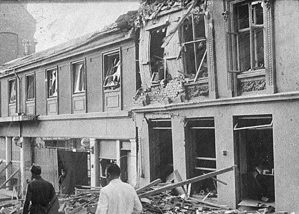 VI (14) Bombingen av Victoria terrasse