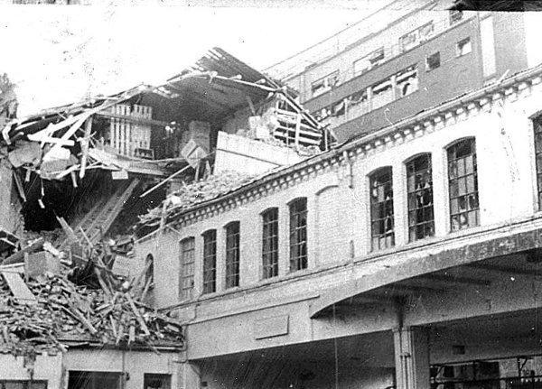 VI (16) Bombingen av Victoria terrasse
