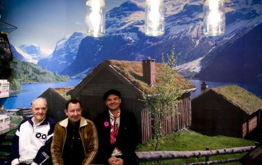 1f10fe59 <p>Fra venstre morfar Sverre Bringsvor, far Odd Staalnacke og Peder Børresen  var