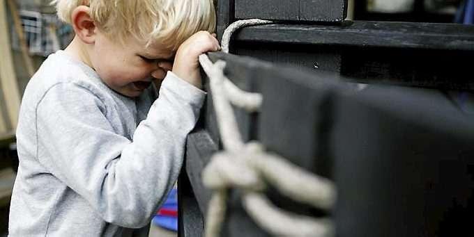 c802f7aefd8 IKKE GØY: -Jeg hater å leke med barnet mitt, sier tobarnsmoren i et