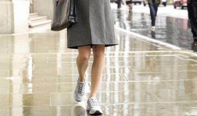 643b9c33 FEIL: - Om alle andre har på seg dressko vil dine flate sneakers virke  mindre