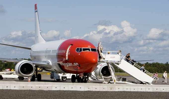 a744a6d43 Flybilletter, strøm, klær og møbler er blitt billigere | ABC Nyheter