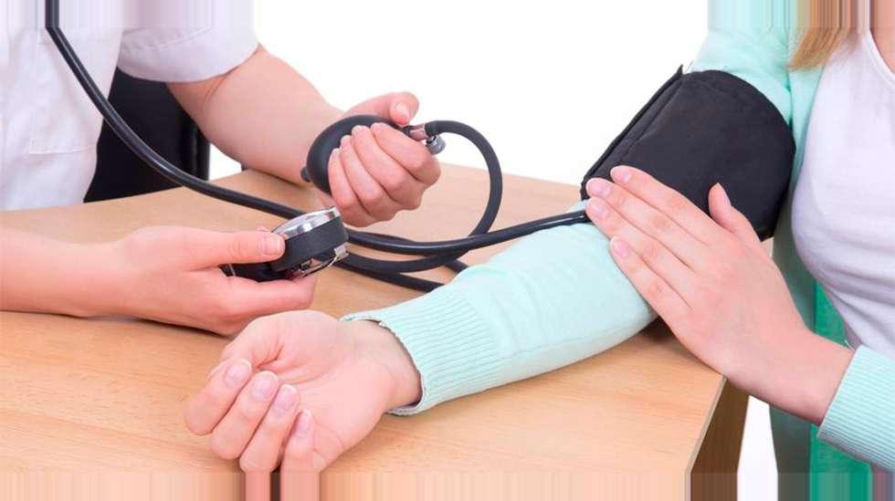 hva kommer høyt blodtrykk av