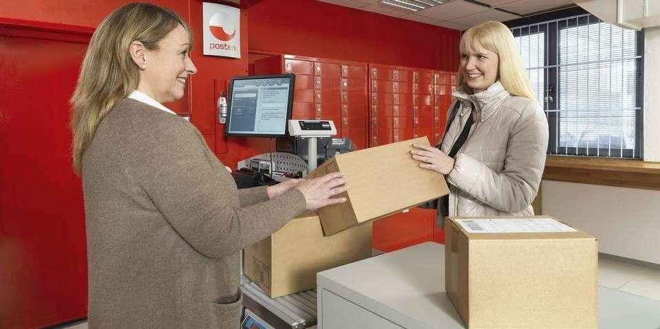 63089597 MOMS OG GEBYR: Når du henter utenlandsbestillingen din på Posten må du  betale moms og