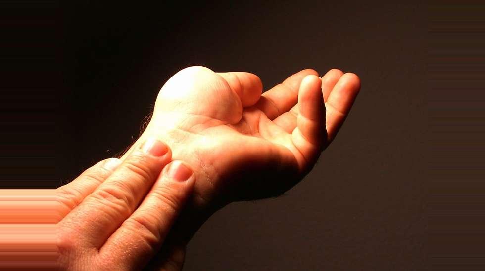 smerter i ledd i fingrene