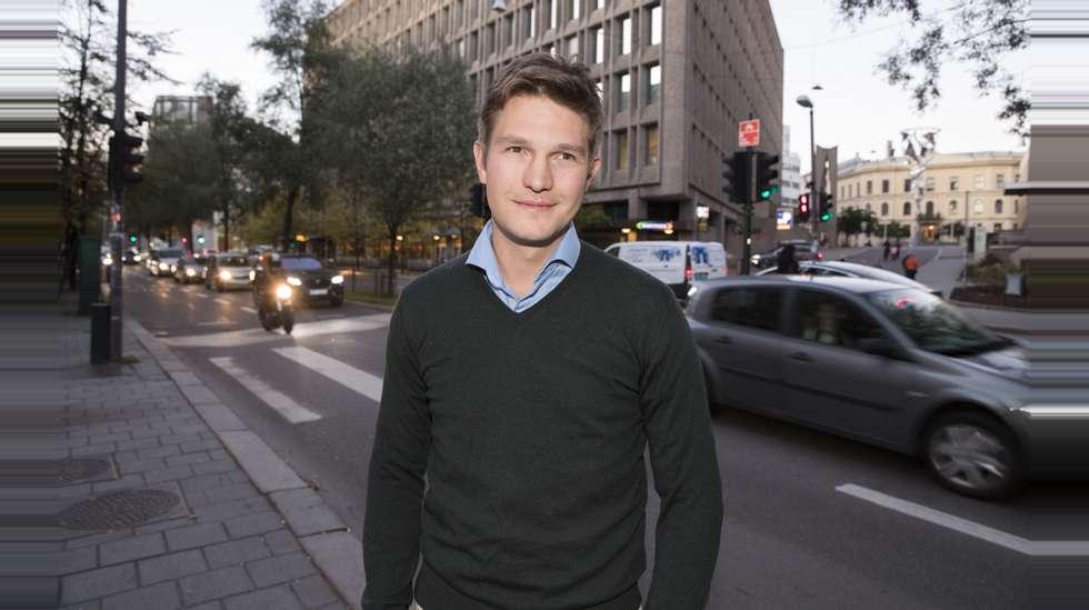 33a8a750 Carl Edvard Endresen, sjef for Uber i Norge, sier Uber Pop tar en pause