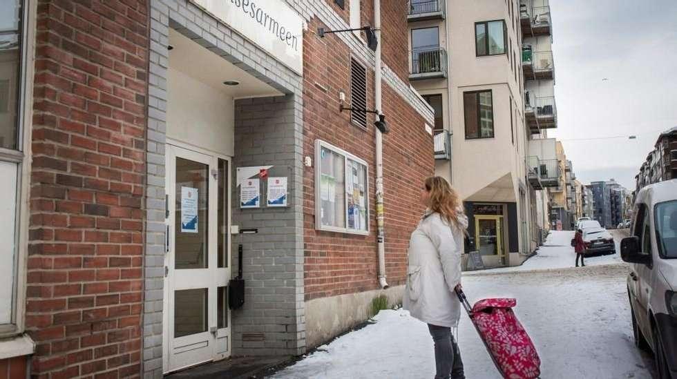 1297af46 <p>Slumstasjon: Hver måned går «Marit» til Frelsesarmeens slumstasjon i Oslo