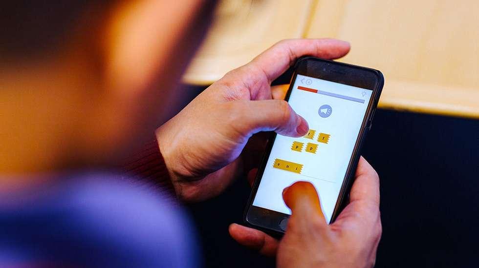 20311cbd Fem apper som kan lære deg et nytt språk | ABC Nyheter
