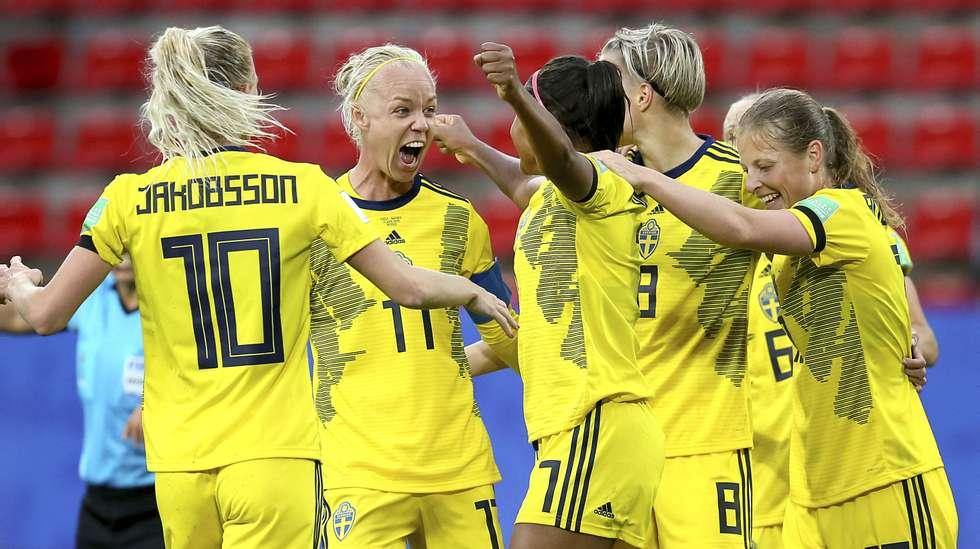 7f1439715 Sverige slo til med et brak etter tordenpause i VM-åpningen | ABC ...