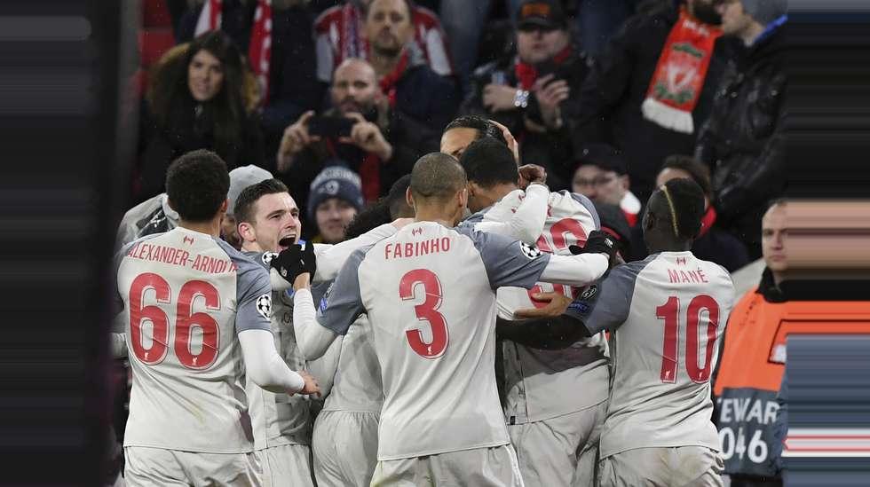 555c0577 Virgil van Dijk og Liverpool jubler etter å ha tatt ledelsen borte mot  Bayern München.