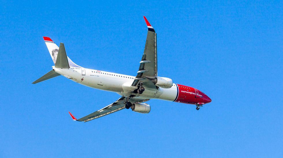 bestill fly og hotell