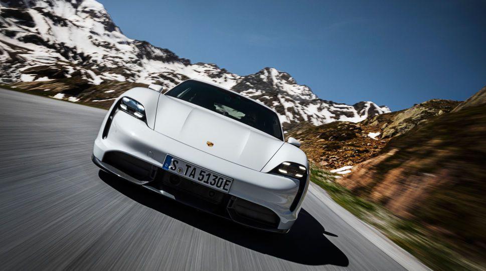 Langtur med elbil: Nils og familien kjørte 6000 km med Tesla