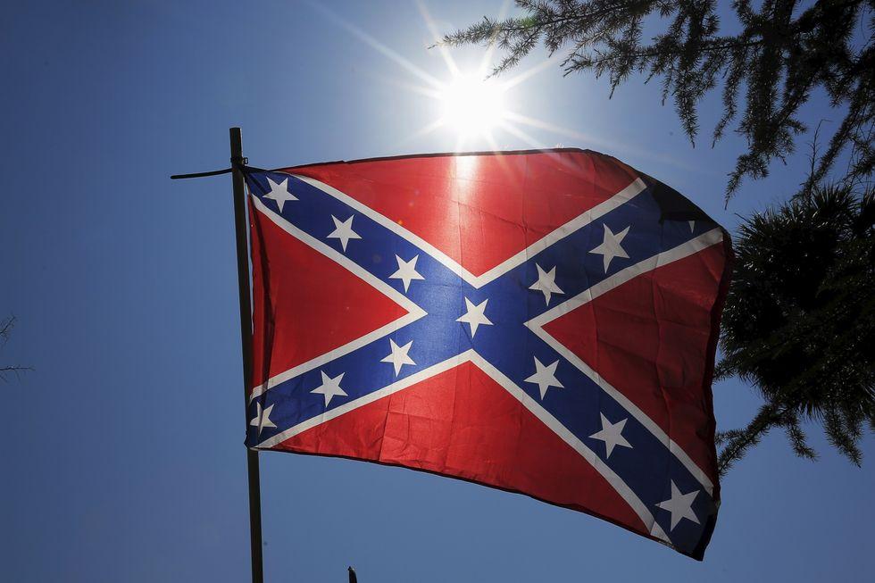 Slik ser sørstatsflagget ut. Foto: Reuters / Brian Snyder / NTB Scanpix