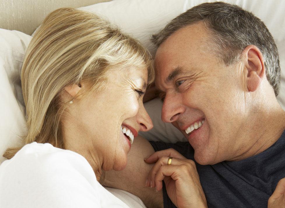hvordan ha samleie eldre kvinner yngre menn