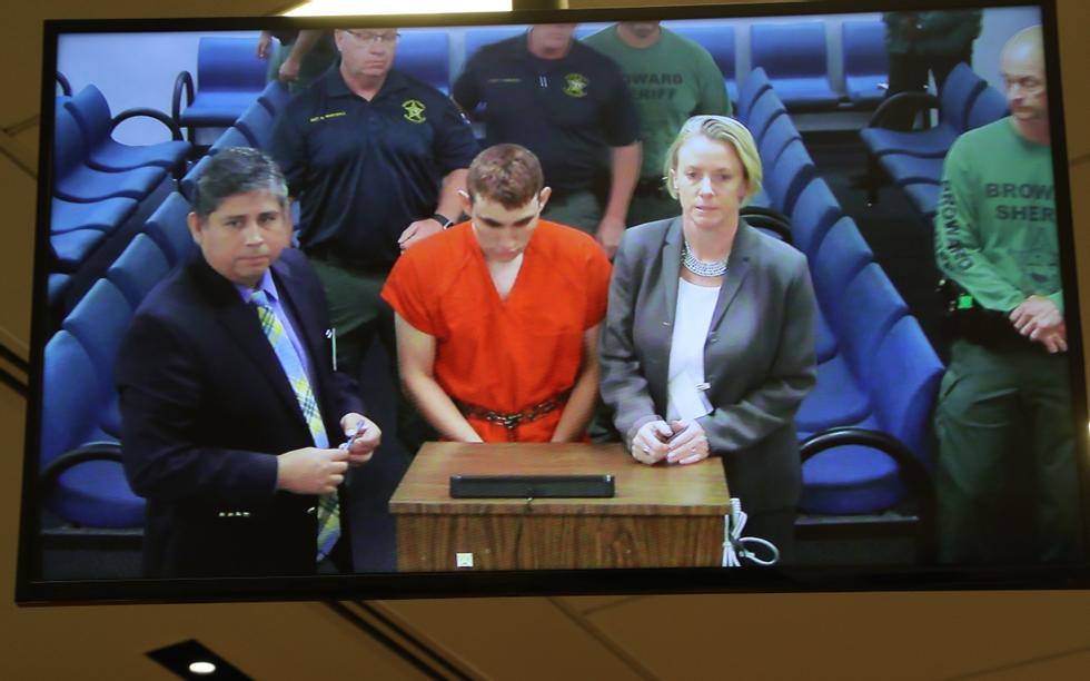 64ee69d7 Cruz viste tidlig tegn til å bli skoleskytter | ABC Nyheter