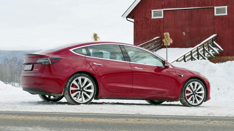 b1eaf17e Tesla bekrefter: Nå kommer lavpris-modellen | ABC Nyheter